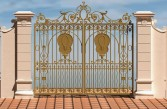 Uchiwa Villa gates - New winds for your house